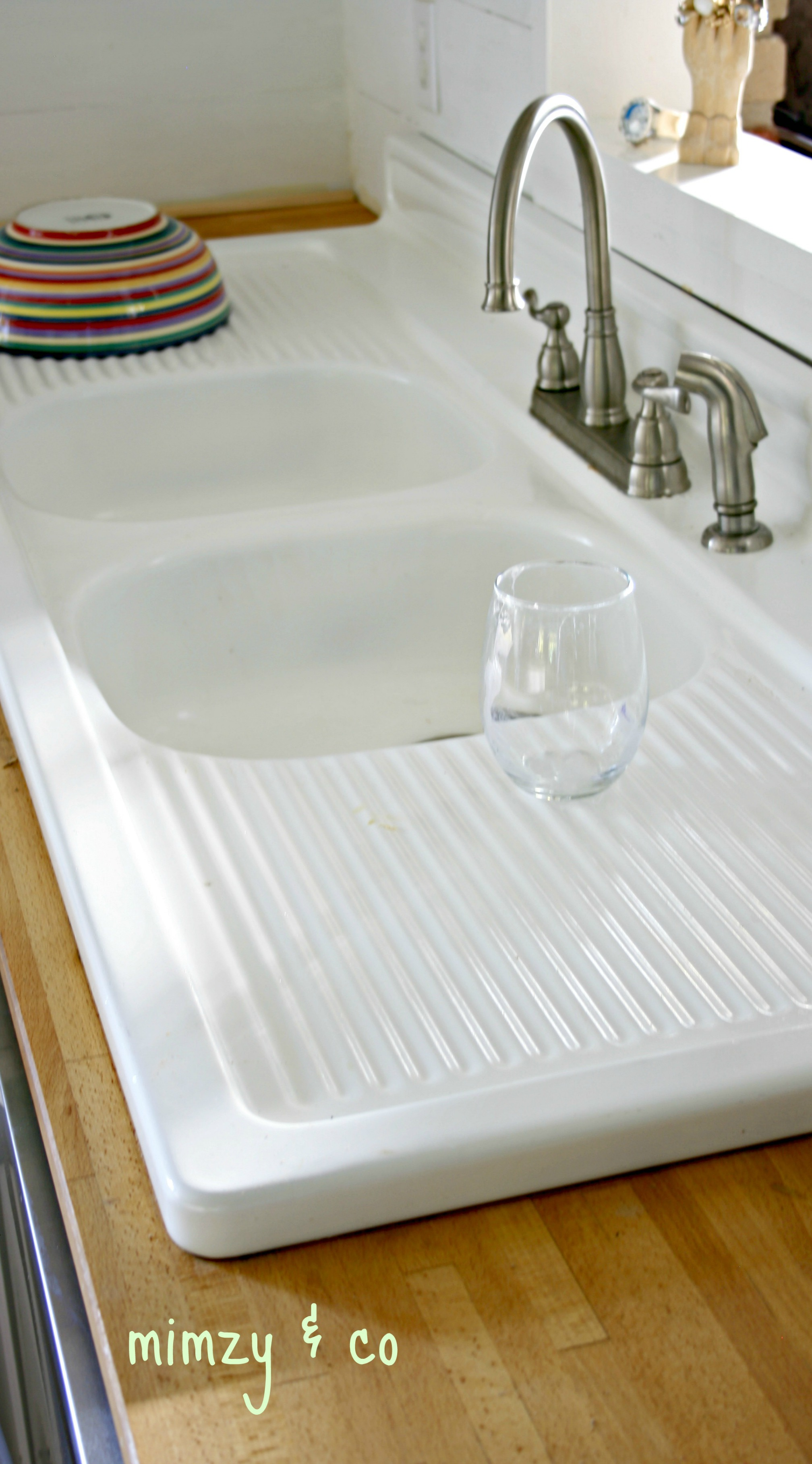 how i refinished my vintage cast iron kitchen sink • mimzy & company