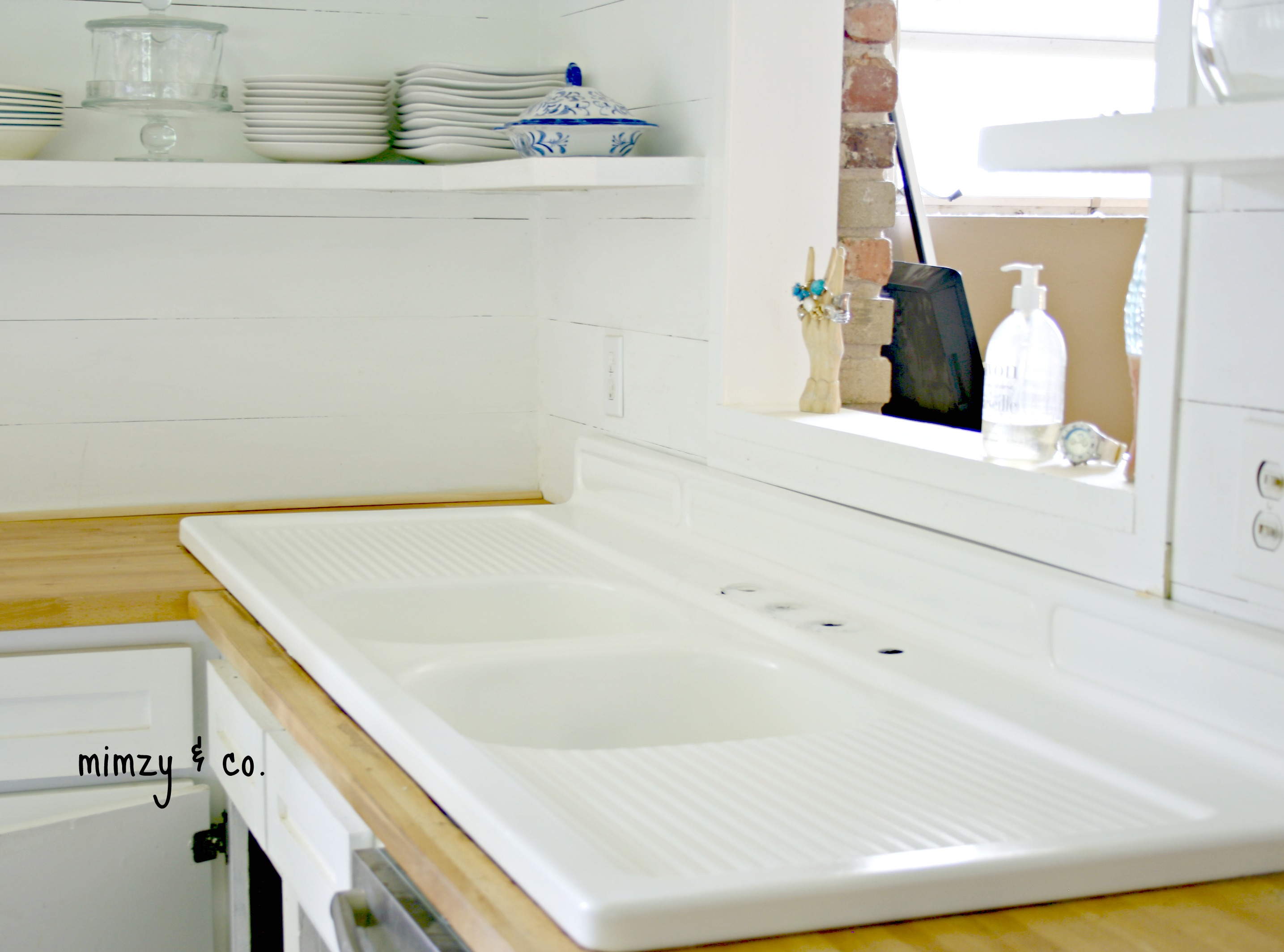 How To Refinish Kitchen Sink how i refinished my vintage cast iron kitchen sink • mimzy & company