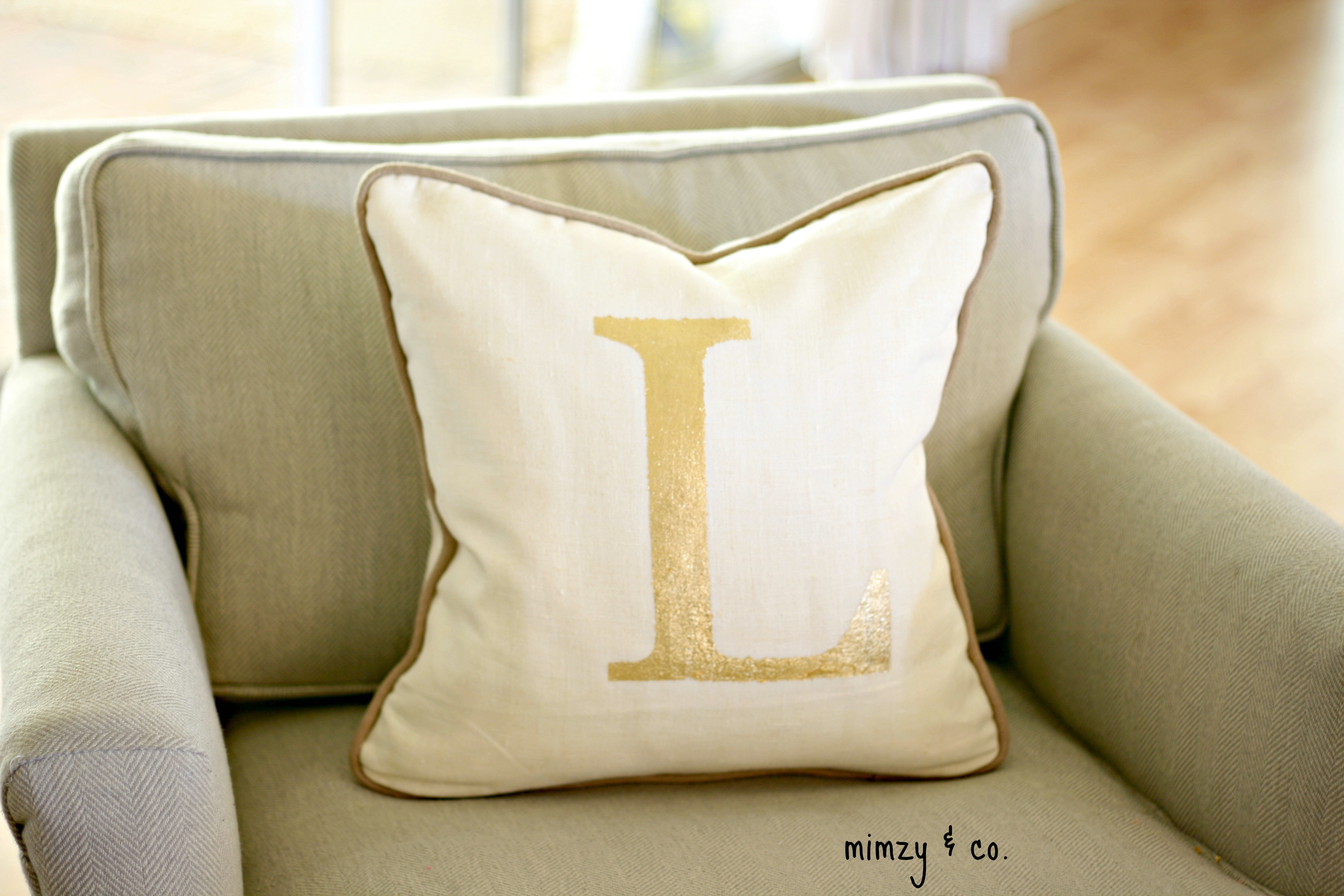 Decorative Pillows A Perfect Touch To Interior Design Founterior